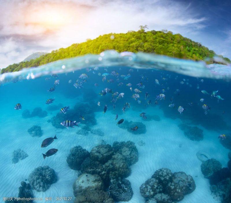 蓝天白云大海图片自然风光摄影图片