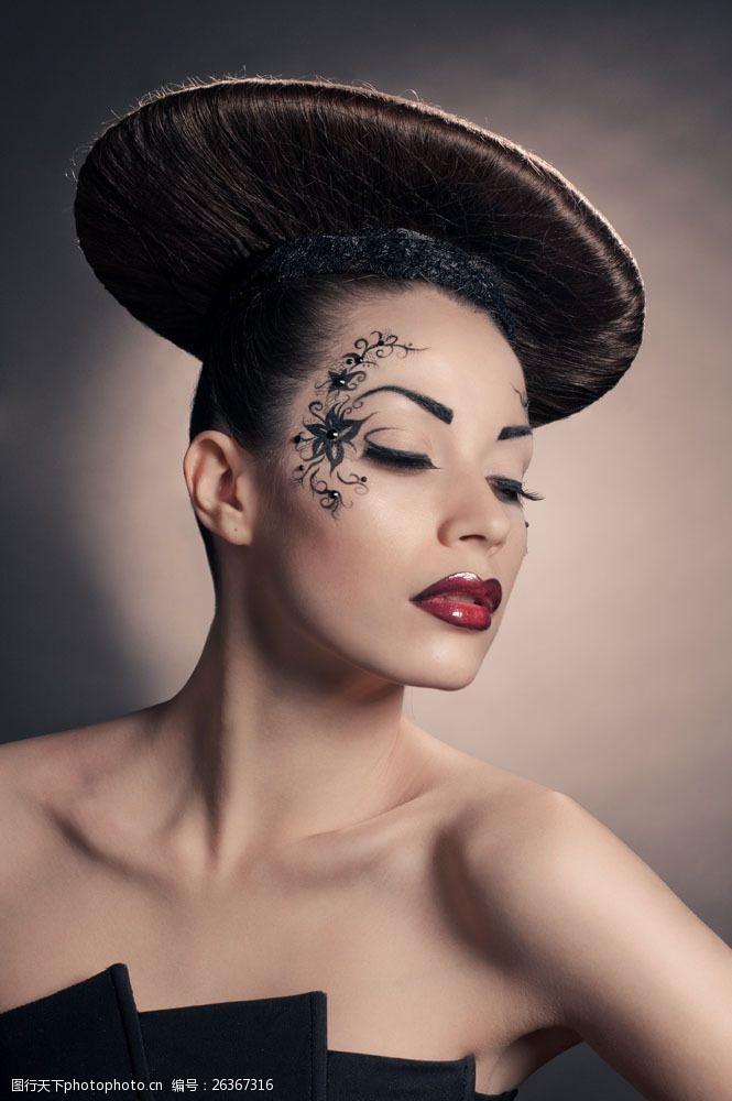 盘头发美容美发人物图片