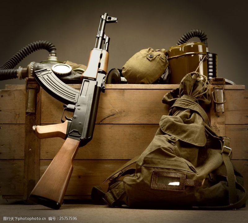 战争题材现代军事设备图片
