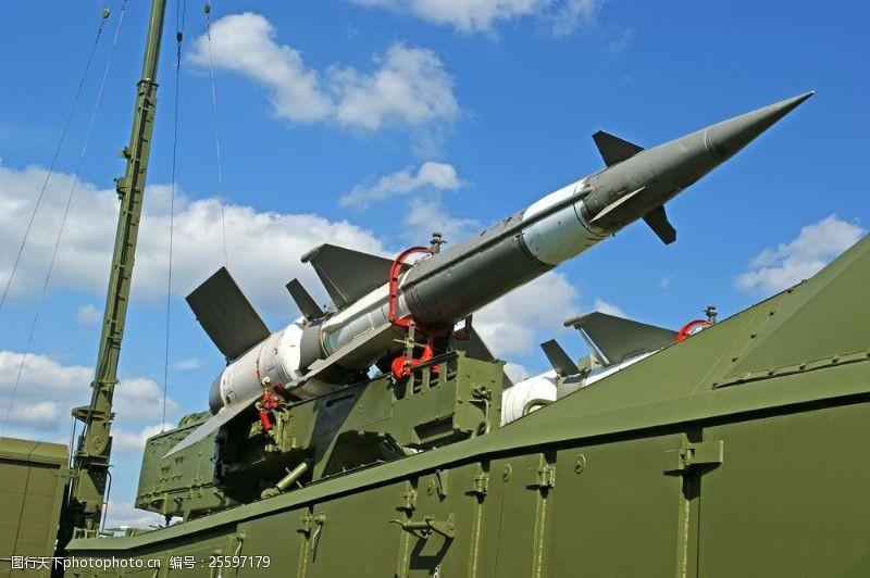 战争题材军事导弹图片