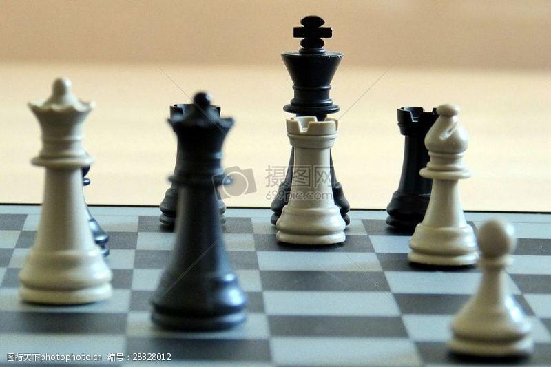 公平的竞争环境棋盘上的象棋