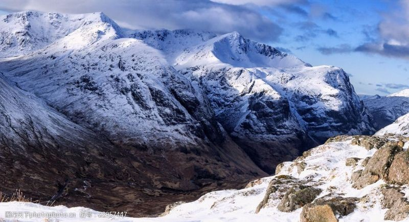 自然探险雪山